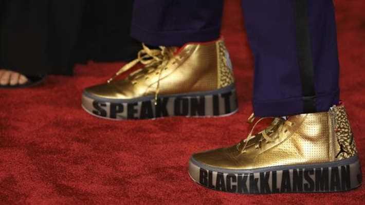 حذاء المخرج