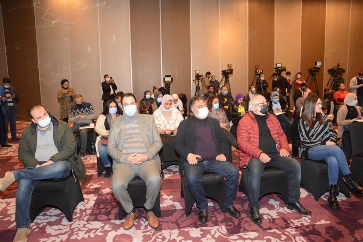 """سماح أنور ودرة بالمؤتمر الصحفي لمهرجان """"أفلمها أون لاين"""".. شاهد"""