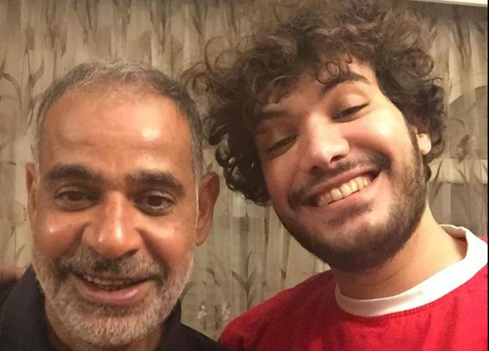 محمود البزاوي وابنه أكرم