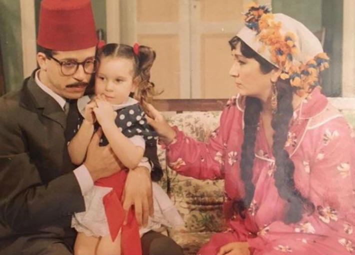 أسما شريف منير مع والدها في أحد المسلسلات