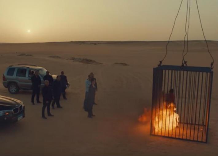 غادة عبد الررازق تحرق قاتل ابنتها على طريقة داعش في الحلقة الأخيرة من مسلسل
