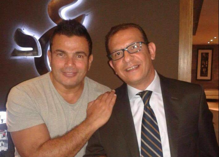 عمرو دياب والمحامي أشرف عبد العزيز