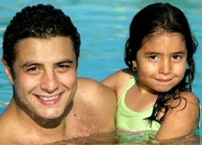 أحمد الفيشاوي وابنته لينا
