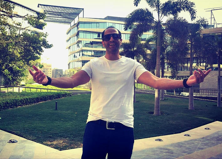 بالصور- كواليس تحضيرات شادي حسن لأغنيته الجديدة