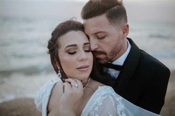 أسما شريف منير وزوجها محمود حجازي