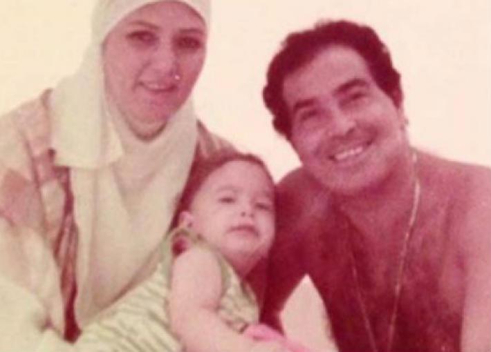 حسن يوسف وشمس البارودي وابنهما عمر
