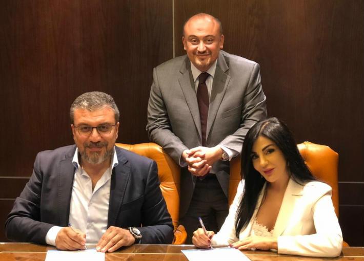 راغدة شلهوب مع علاء الكحكي وعمرو الليثي