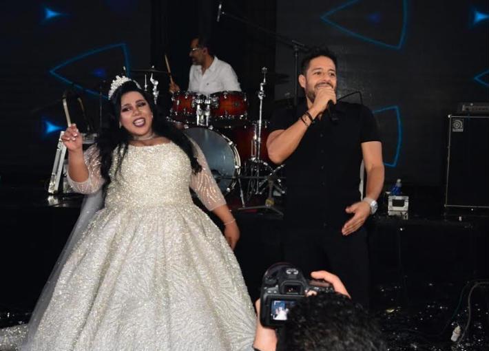 بالفيديو- شيماء سيف تصرخ في حفل زفافها