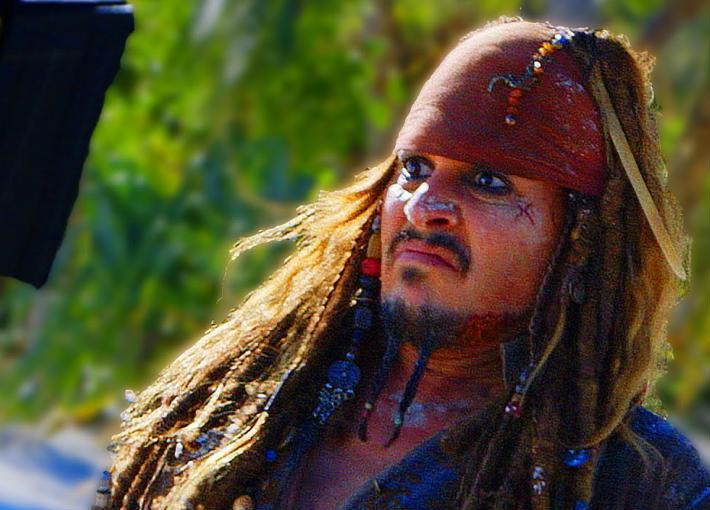 هل تظهر شخصية نسائية بدلا من جوني ديب في سلسلة Pirates of the Caribbean الجديدة؟