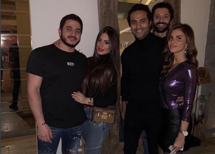 كريم فهمي وزوجته وشهد رمزي وكريم السبكي وكريم محمود عبد العزيز