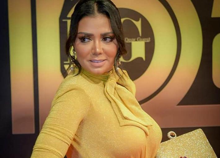 "رانيا يوسف في حفل جوائز ""دير جيست"""