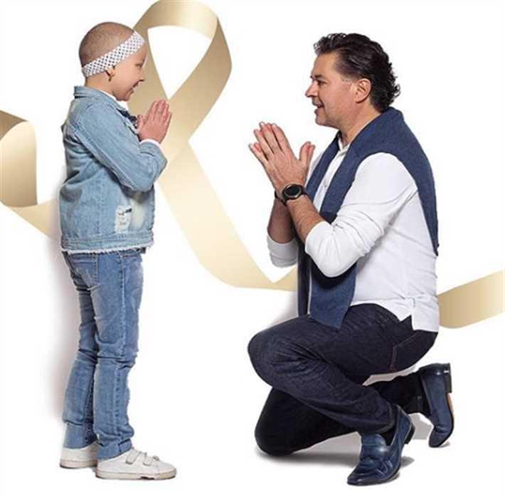 راغب علامة يتعهد بدعم الأطفال المصابة بالسرطان