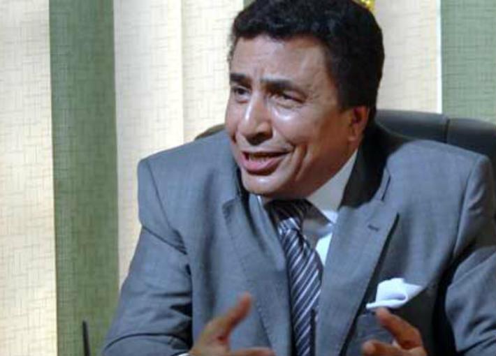 إسماعيل محمود