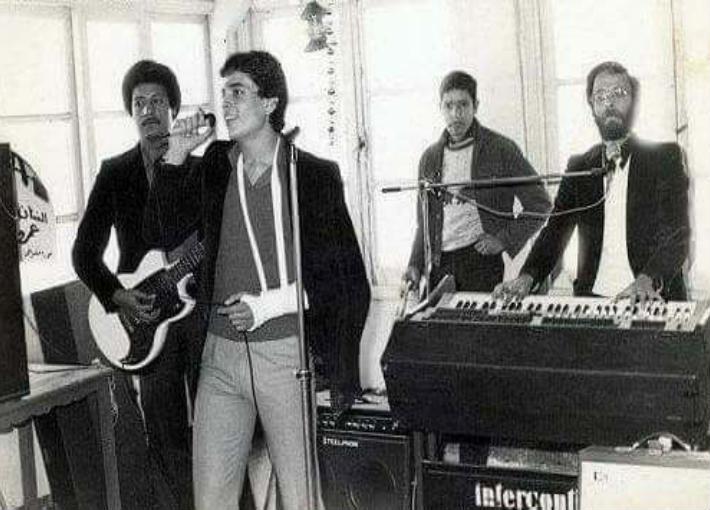 "عمرو دياب مع فريق ""الديفلز"""