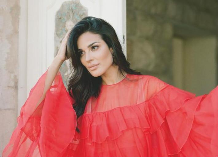 6640193ea نادين نجيم.. أول امرأة تتصدر غلاف مجلة GQ | في الفن