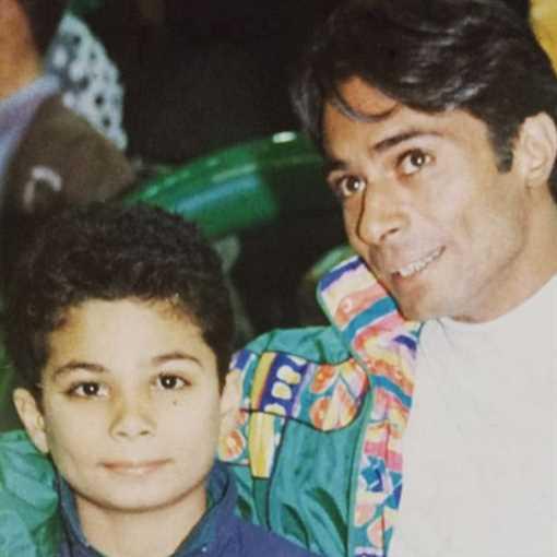 عبد الله محمود وأحمد ابنه