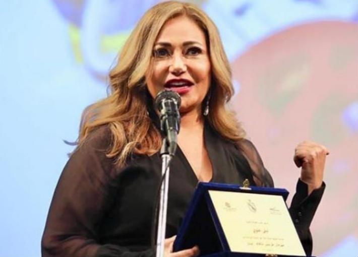 بالصور والفيديو- تكريم ليلى علوي في مهرجان طرابلس للأفلام