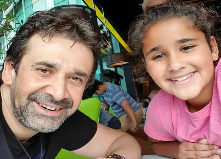 كريم عبد العزيز وأبنته ملك