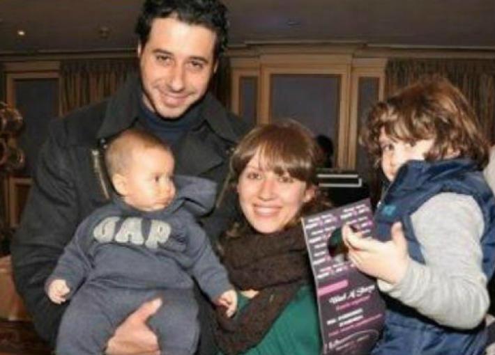 أحمد السعدني وزوجته وأولاده