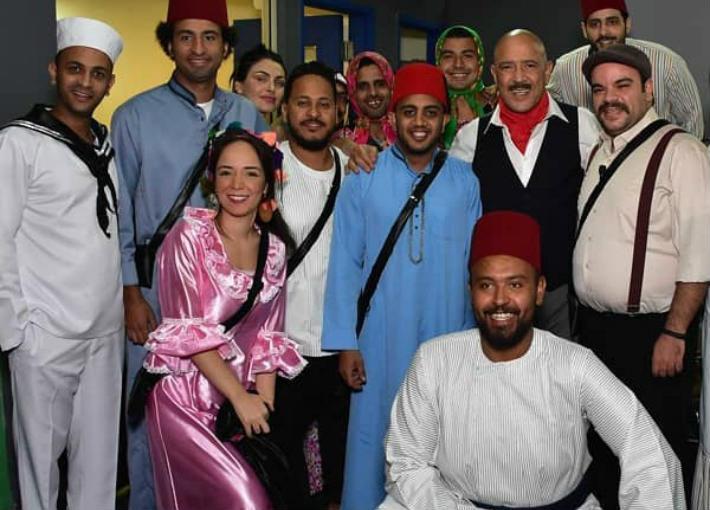 """أبطال فريق """"مسرح مصر"""""""