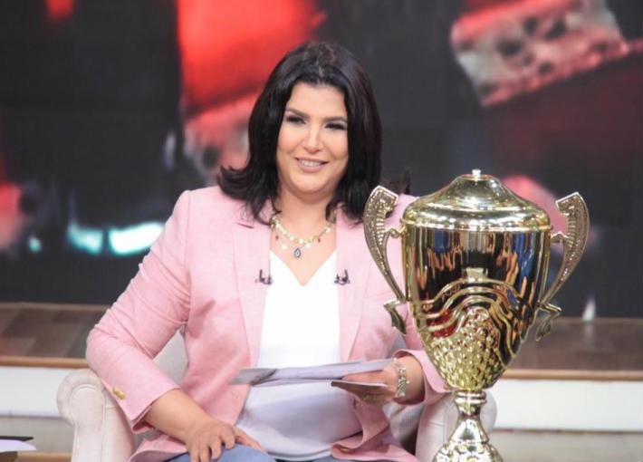 منى الشاذلي تنفرد باستضافة أبطال منتخب مصر لكرة اليد   في الفن