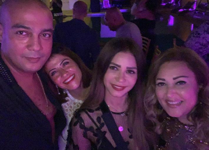 هيدي كرم وخطيبها وإيناس عز الدين ونهال عنبر