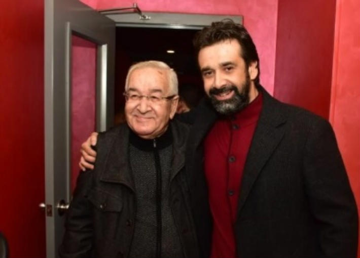 كريم عبد العزيز ووالده