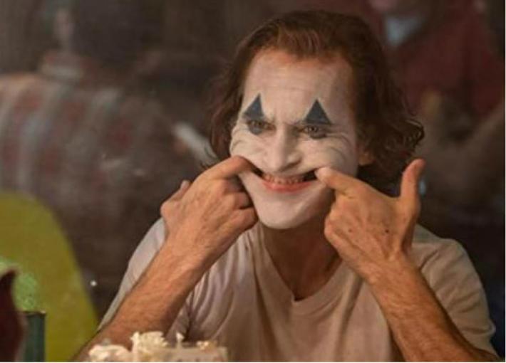 فيلك joker