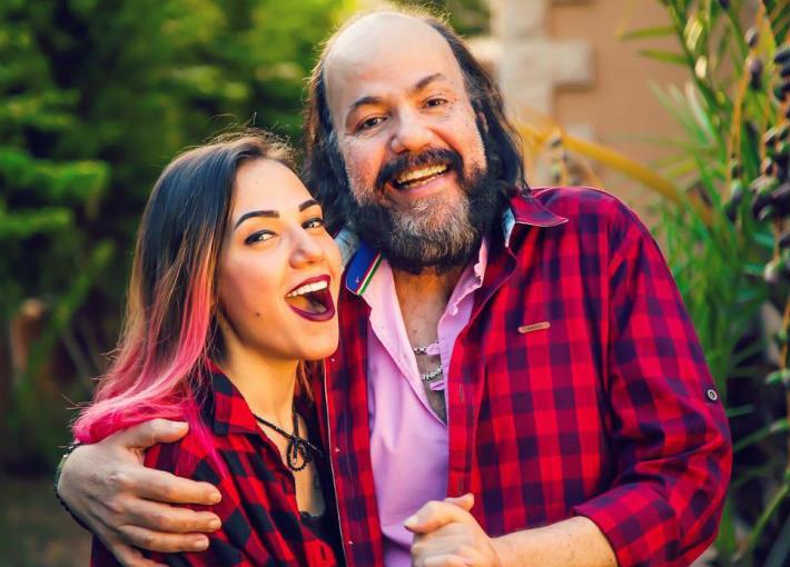 الفنان الراحل طلعت زكريا مع ابنته إيمي