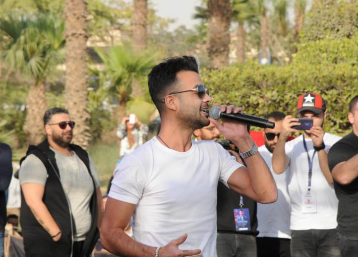 هيثم شاكر في حفل جامعة حلوان