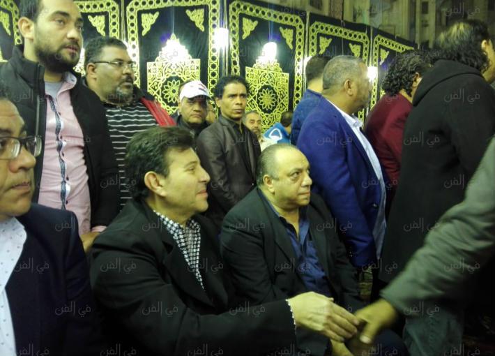 هاني شاكر في عزاء شعبان عبد الرحيم