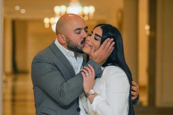 العسيلي وزوجته أمينة