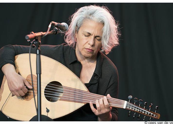 الفنانة الفلسطينية كاميليا جبران