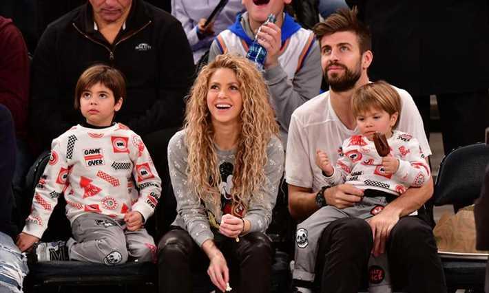 شاكيرا وبيكيه وأبنائهما