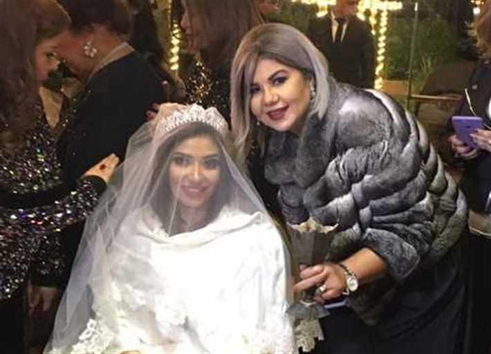 غادة رجب وبوسي شلبي في زفافها