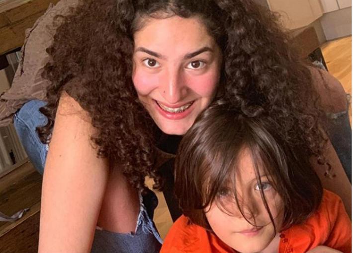 لينا الفيشاوي وأخيها