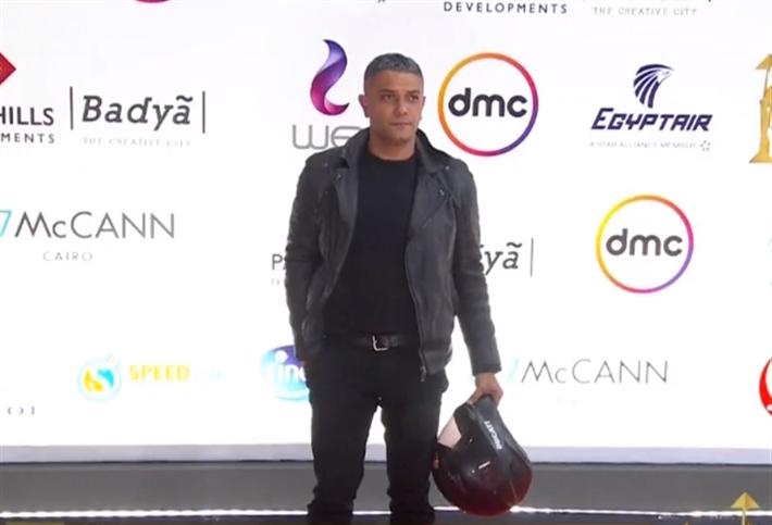 أسر ياسين صدم الكل بلوك شعرو الجديد - إتفرج