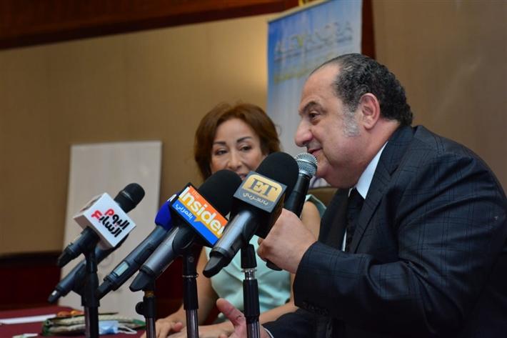 """خالد الصاوي: زوجتي كادت أن تفقد الوعي خوفا من دوري في """"الفيل الأزرق"""" thumbnail"""