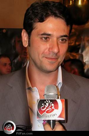 النجم الشاب أحمد عز