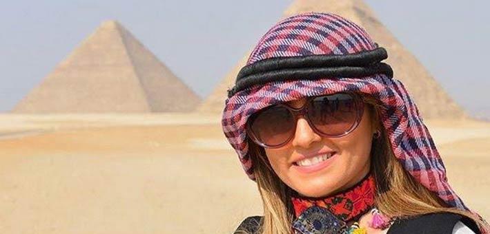 الفنانة المصرية بشرى