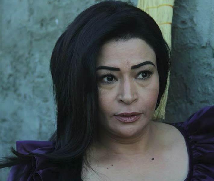 صفوة تؤكد لمتابعيها صحة حسابها على Facebook بفيديو حي   خبر   في الفن