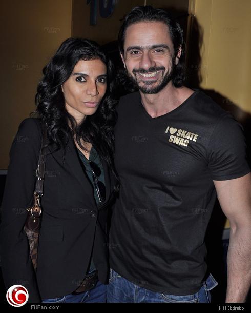 عمرو مهدي وزوجته