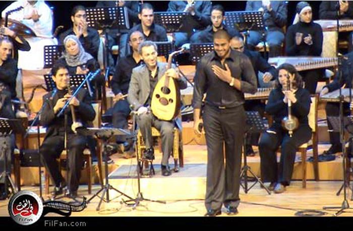 خالد سليم يغني بمصاحبة نصير شمة