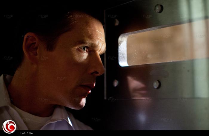 """إيثان هوك في لقطة من """"The Purge"""""""