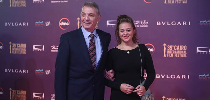 محمود حميدة وابنته في ختام مهرجان القاهرة السينمائي