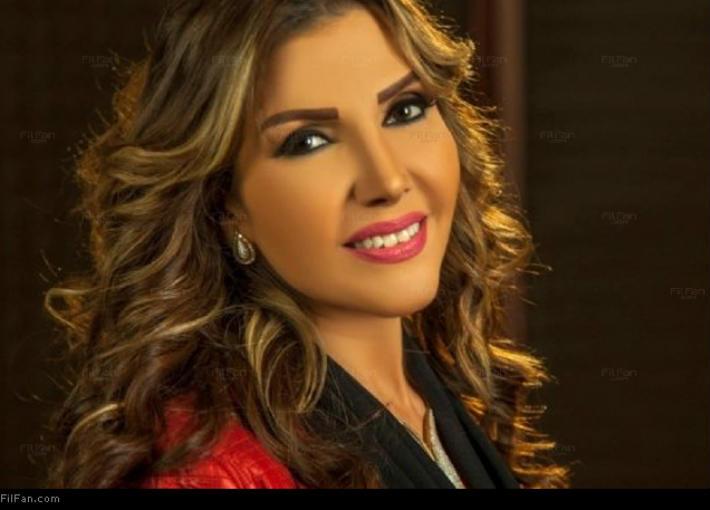 نادية مصطفى