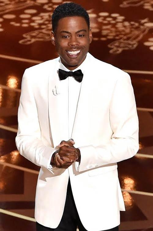 كريس روك بإطلالة بيضاء في حفل الأوسكار
