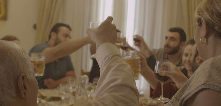 """لقطة من فيلم """"غداء العيد"""""""