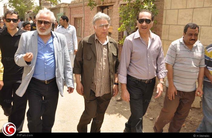 سامح الصريطي وأشرف عبد الغفور ومحمد داوود في جنازة الفنان شعبان حسين