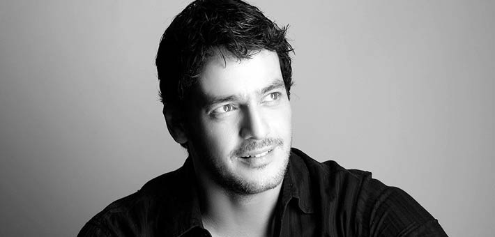 خالد أبو النجا يدافع عن حقوق المثليين